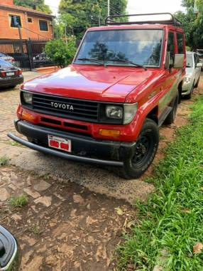Toyota Land Cruiser Corto 1994