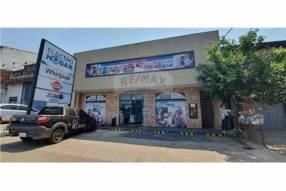 Salón comercial en San Lorenzo