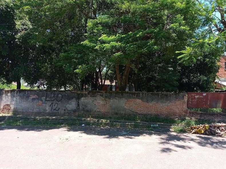 Terreno 1500 m2 esquina en barrio San Pablo - 2