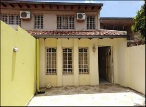Duplex en Lambaré Barrio Kenedy