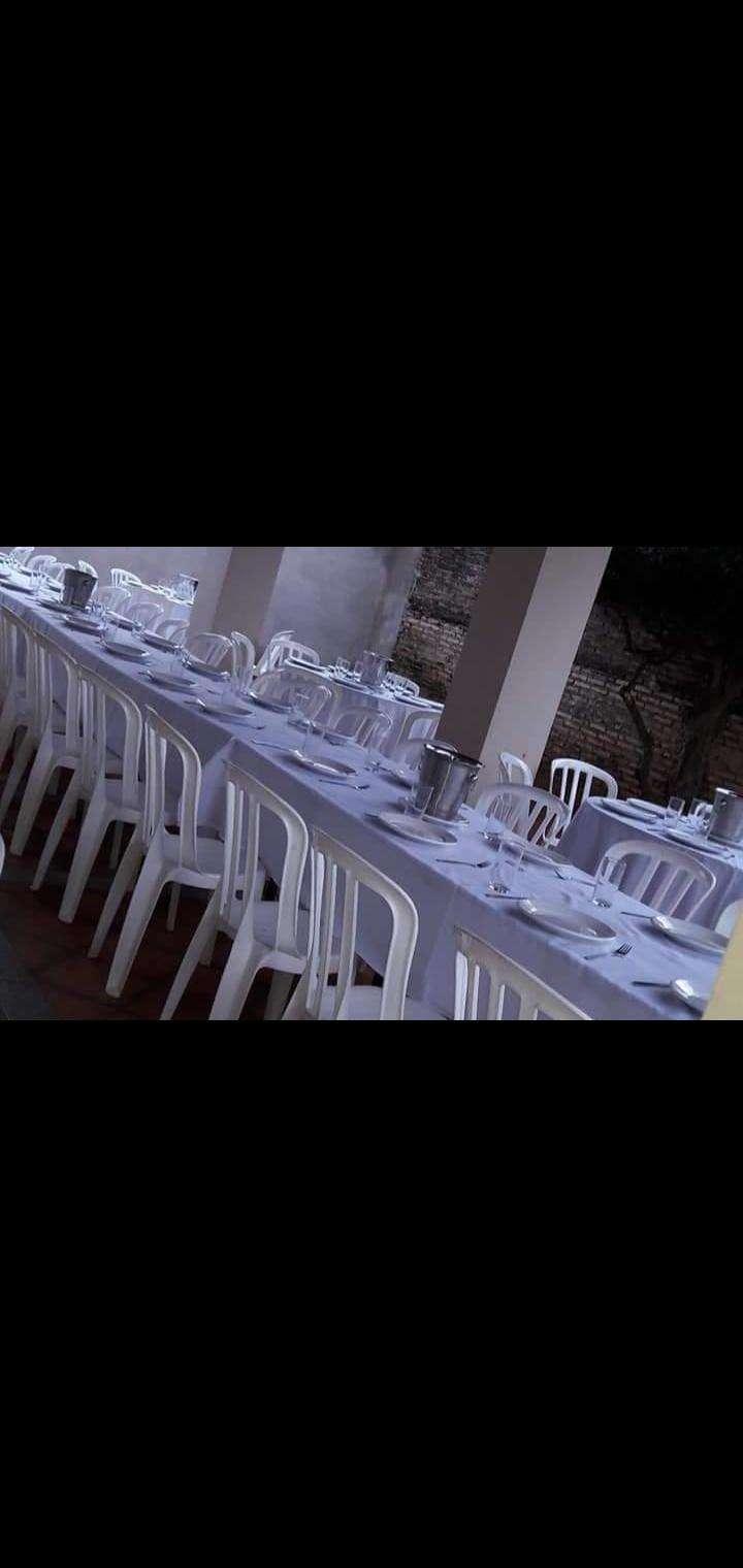 Mesas sillas y vajillas - 0