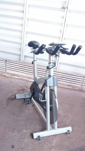 Bicicleta spinning Athletic Advanced 2500 bs