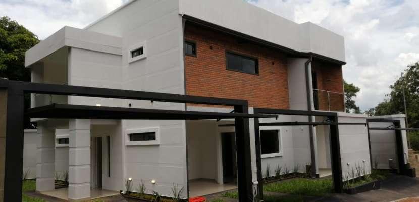 Casa en Villa Elisa - 0