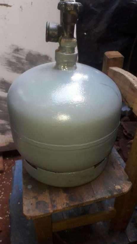 Garrafa de 3 kg con válvula - 0