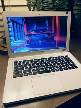 Lenovo Ideapad u310 Ultrabook Intel Core i5 SSD 128 gb 8 gb ram