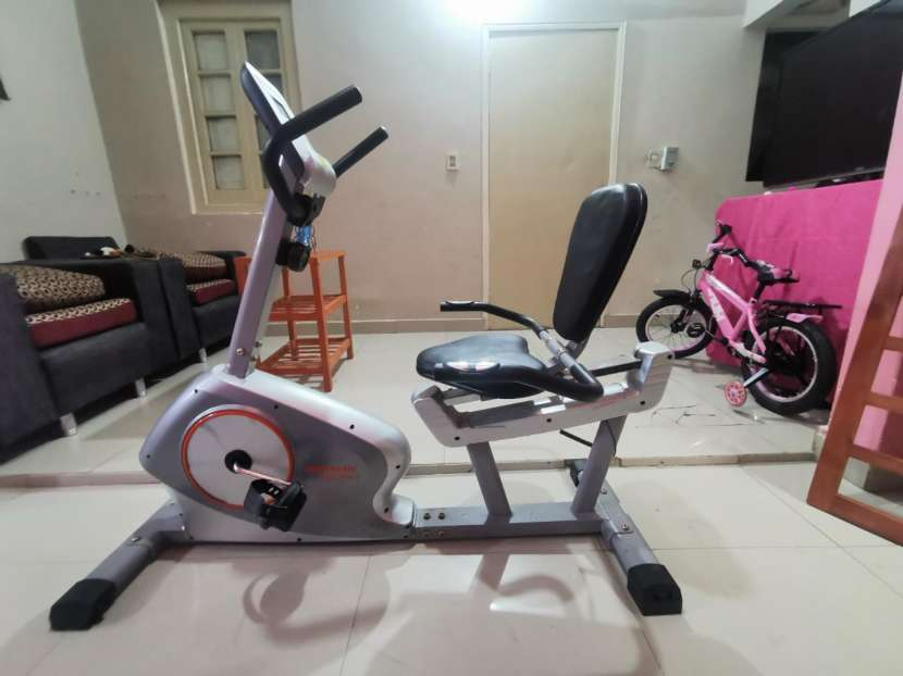Bicicleta Athletic - 0