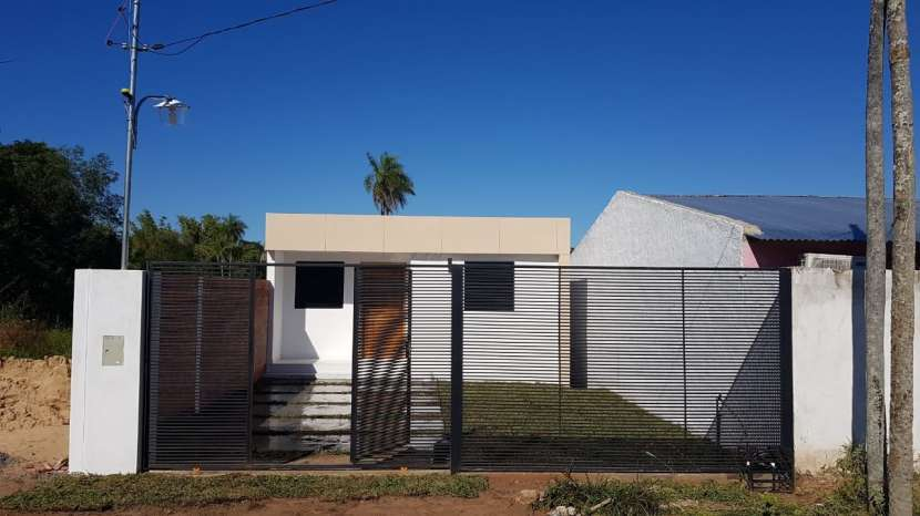 Construcción de casa minimalista 50 m2 - 0