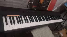Piano Eléctrico Yamaha P115 (Yamaha)