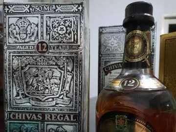 Whisky Chivas Regal Blended Scotch 12 años añejado años 70 - 1