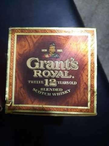 Whisky Grant's Royal 12 años Blended Scotch añejado de los años 70 - 3