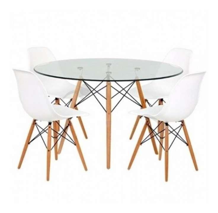 Juego comedor Eames mesa de vidrio redonda - 0