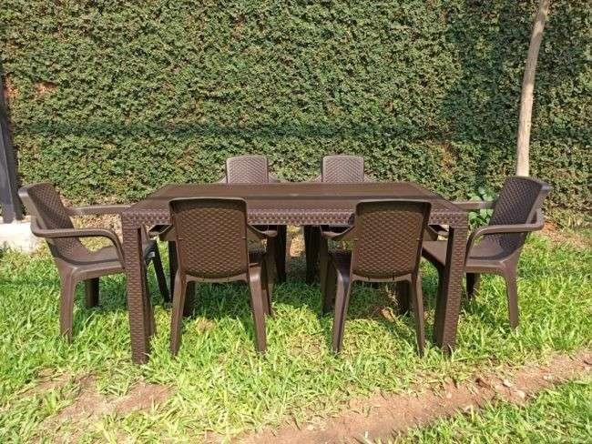 Juego de comedor Eterna familiar con 6 sillas - 0