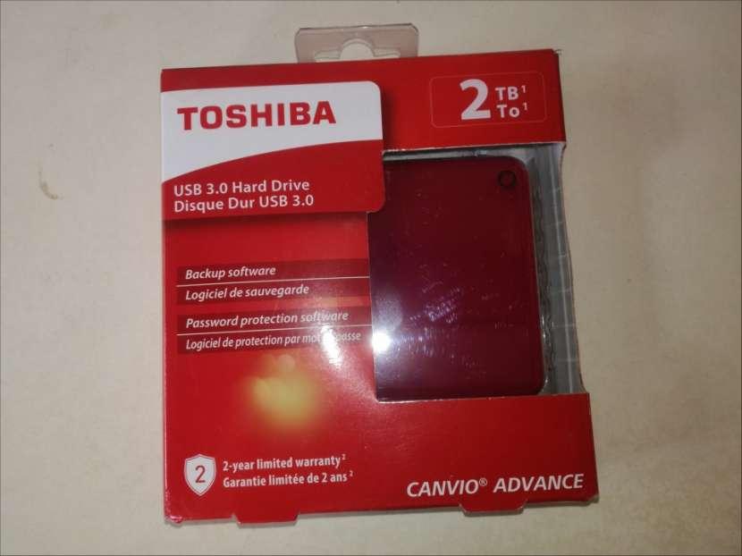 HDD externo 2.0 TB Toshiba Canvio Advance USB 3.0 rojo - 3