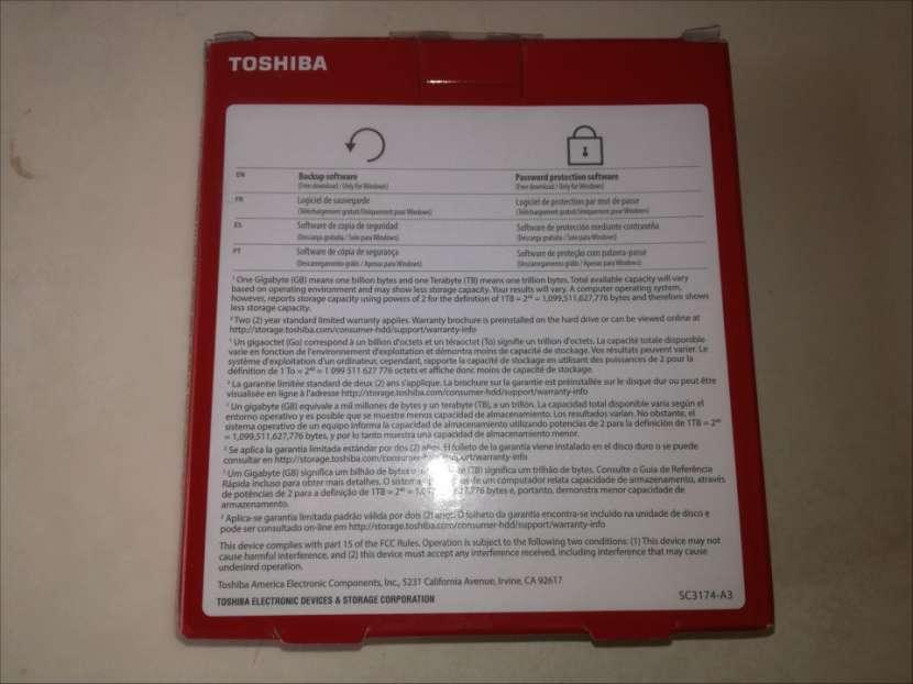 HDD externo 2.0 TB Toshiba Canvio Advance USB 3.0 rojo - 5