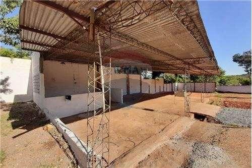 Depósito 4.000 m2 en Luque - 3
