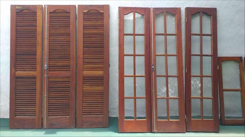 Puerta ventana + puerta persiana + ventana - 5