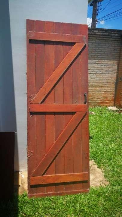 Puerta de madera maciza 2.10 x 0.80 - 0