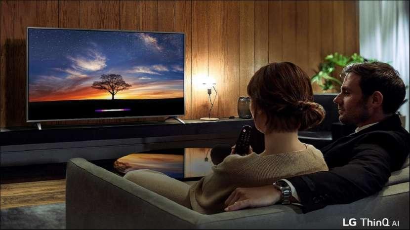 Smart TV LG 43 pulgadas UHD 4K - 1