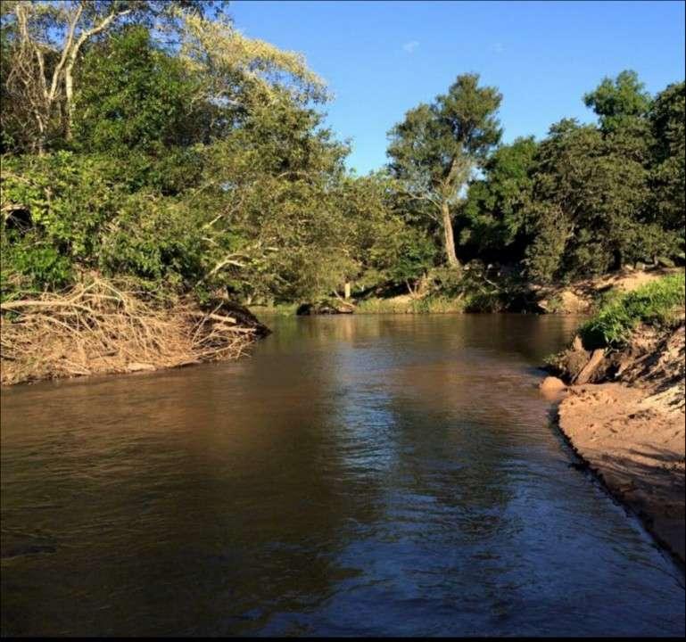 Valenzuela sobre arroyo Y'aka 6.5 hectáreas - 0