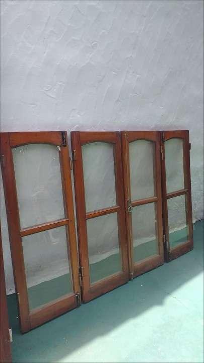 Puerta ventana + puerta persiana + ventana - 4