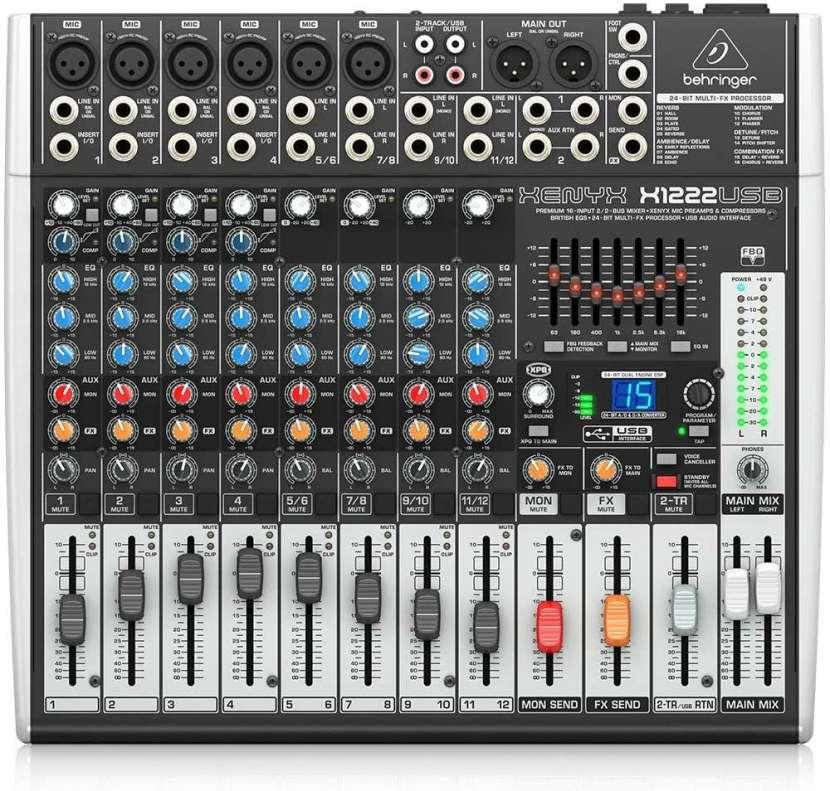 Consola Behringer Xenyx X1222USB - 0