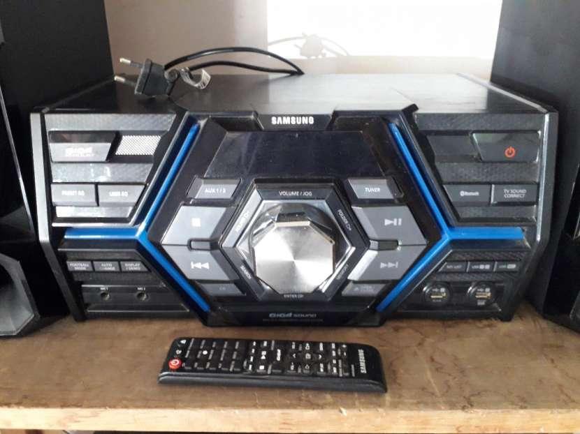 Equipo de sonido Samsung Mx-js5000 - 1
