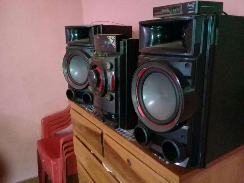 Equipo de sonido LG de 8.800W - 2