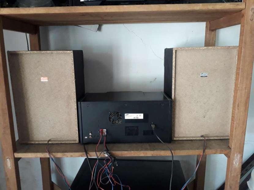 Equipo de sonido Samsung Mx-js5000 - 2