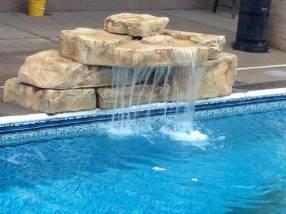 Cascada prefabricada para piscinas con instalación