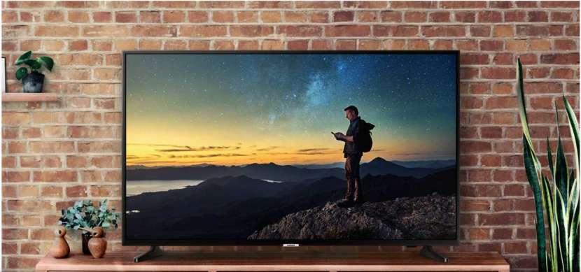 Smart tv Samsung TU7000 UHD 4K 50 pulgadas - 0
