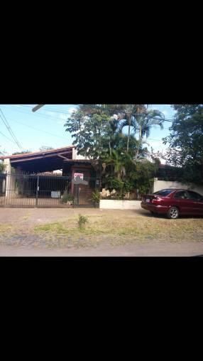 Casa en esquina Barrio Villa Morra