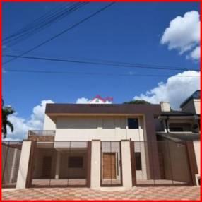 Residencia en Luque Barrio Loma Merlo MOC-0104