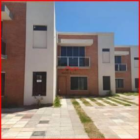 Condominio en Luque Villa Adela MOC-0108