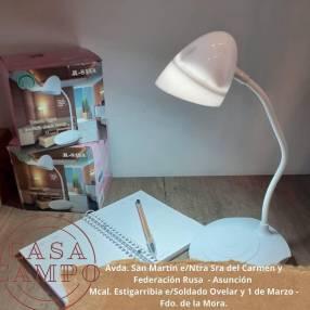 Lámpara flexible para escritorio