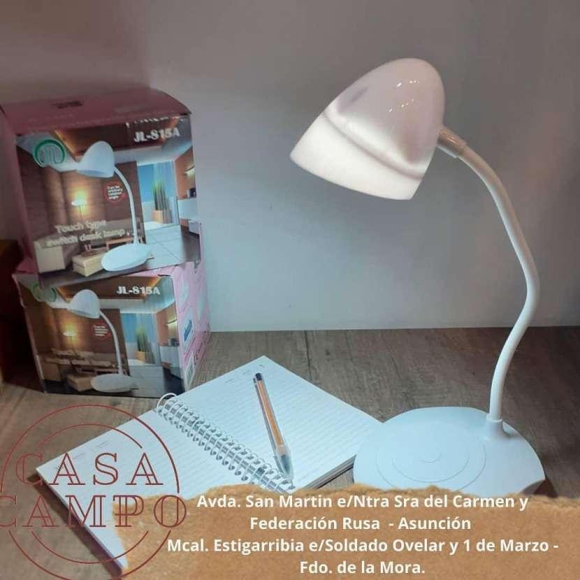 Lámpara flexible para escritorio - 0