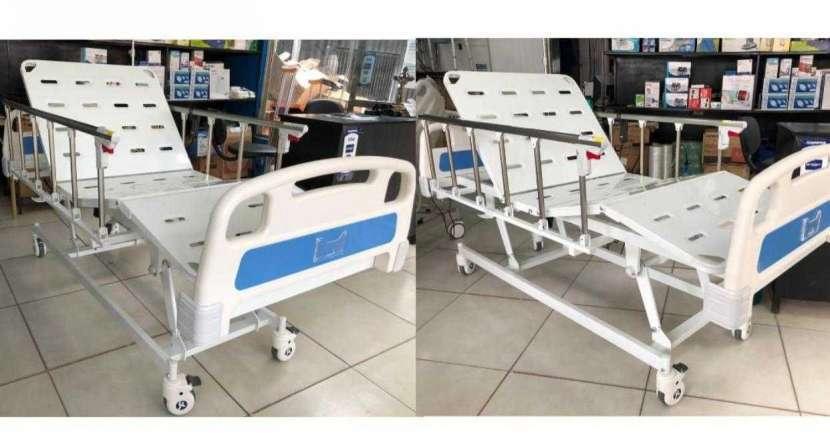 Cama hospitalaria motorizada - 0