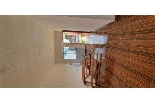 Duplex a estrenar en Planta Baja COD.179 - 5