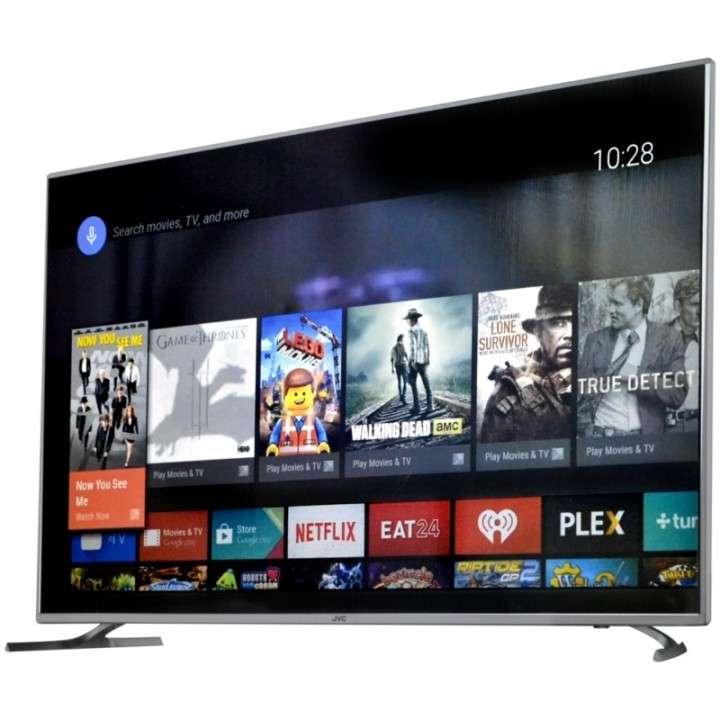 Televisor smart 4k ultra hd JVC 50 pulgadas - 0