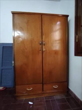 Ropero de 2 puertas