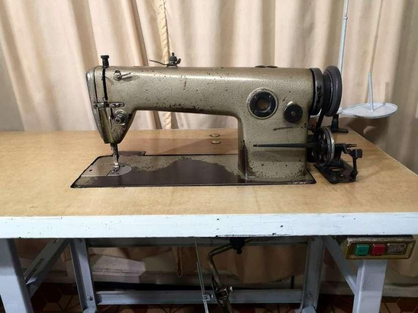 Máquina de coser recta industrial Mitsubishi - 0