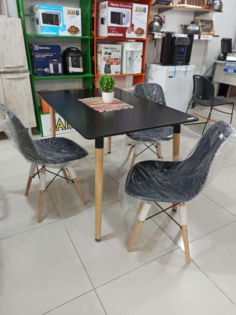 Juego de comedor rectangular Eames y 4 sillas - 1