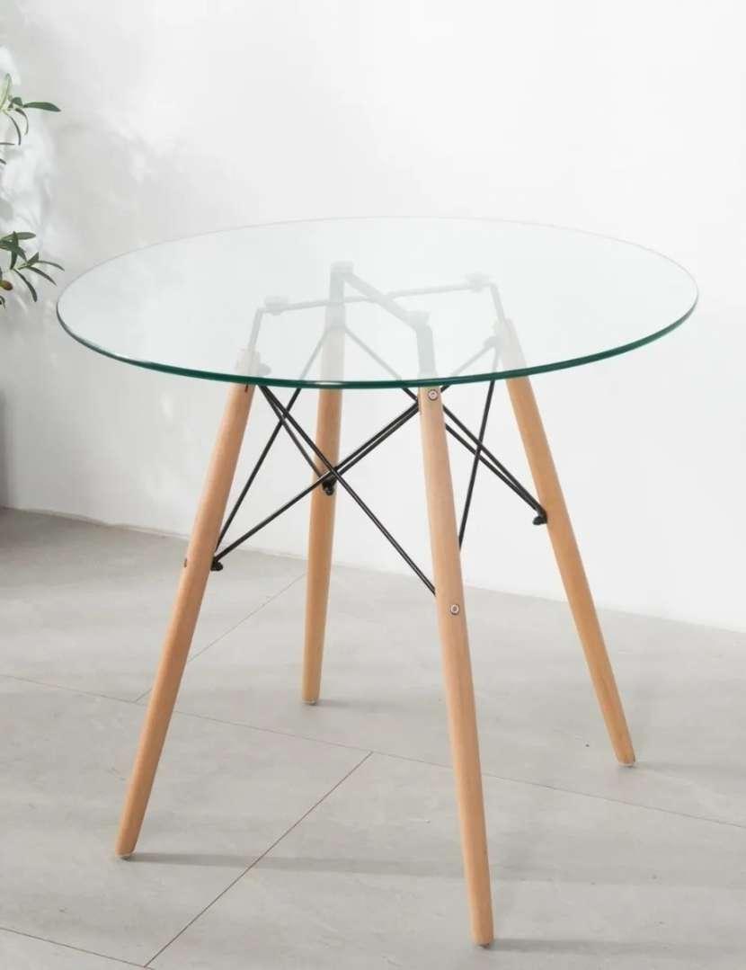 Mesa Eames redonda base de madera tapa de vidrio 80cm - 1