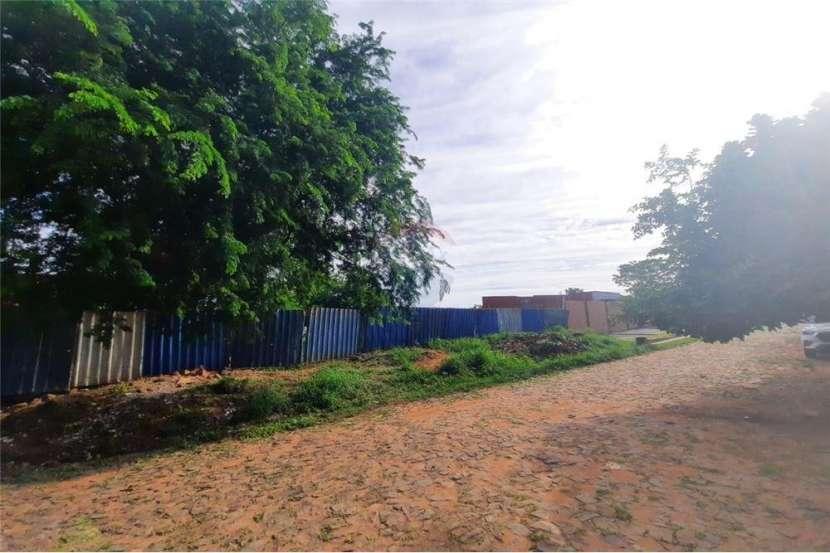 Terreno en Lambaré zona colegio SEK - 0