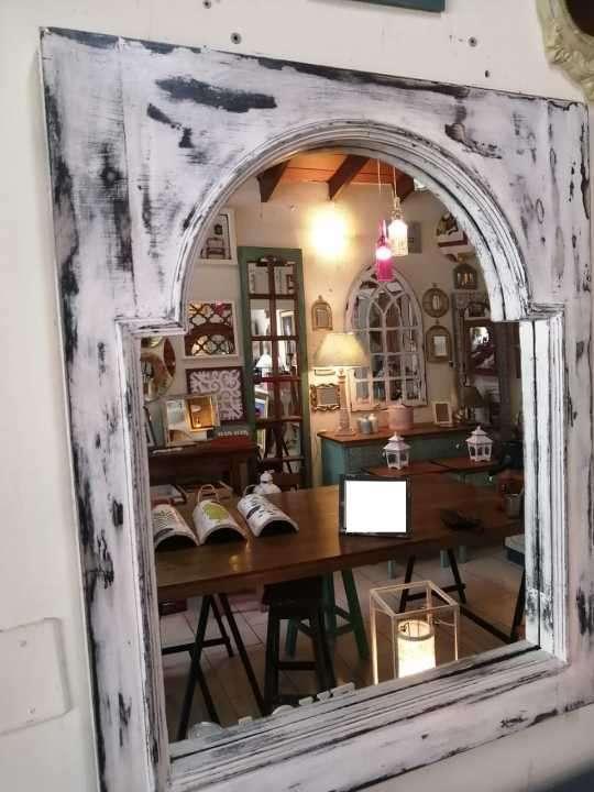 Espejos con marcos de ventana - 1