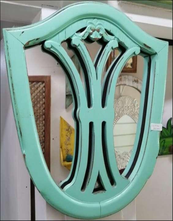 Espejo decorativo - 1