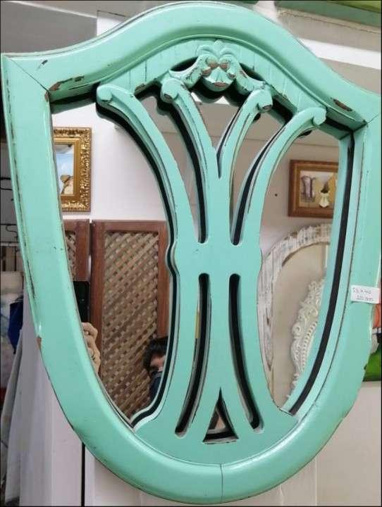 Espejo decorativo - 0