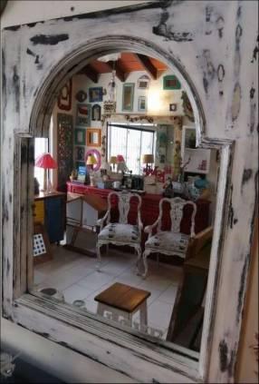 Espejos con marcos de ventana