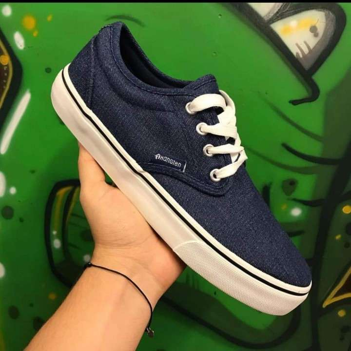 Calzado azul - 0