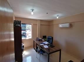 Departamento sobre Av. Laguna Grande
