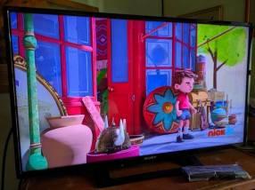 TV LED HD de 32 pulgadas Sony Bravia